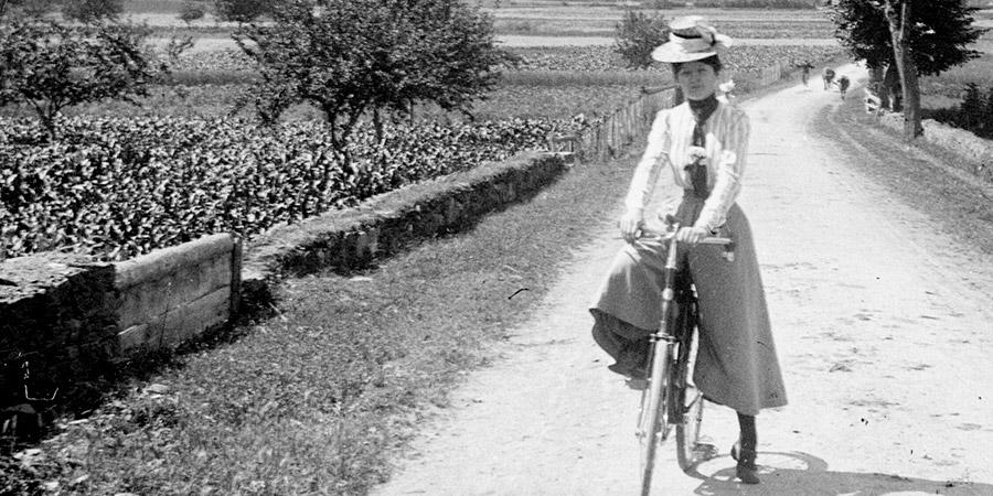 V comme vélo et vestiaire féminin